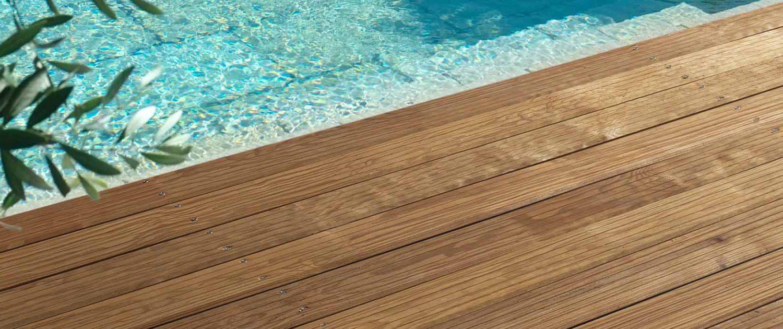 Traitement Terrasse Pin Autoclave terrasse premium biseautée, rainée sur deux faces – 22×120